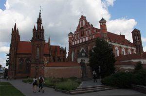 Gotisches Ensemble aus Annen- und Bernhardinerkirche